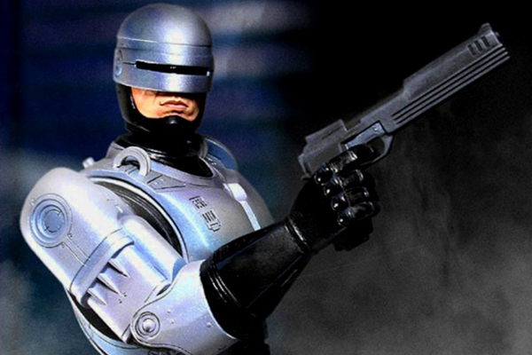 Does it worry you that police officers in the UK are increasingly carrying firearms? - Page 2 ROBOCOP-original